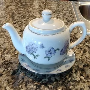 Teapot and saucer with PS. 126:3